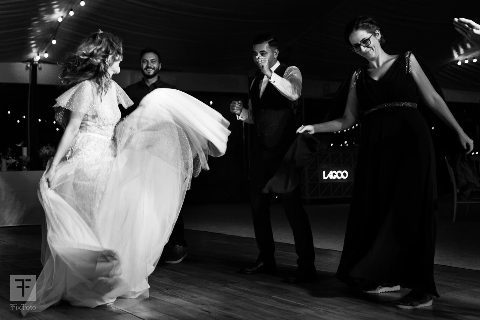 nunta palatul bragadiru, nunta gradina lahovari, nunta tree house, fotograf de nunta, foto nunta bucuresti, foto nunta premiate